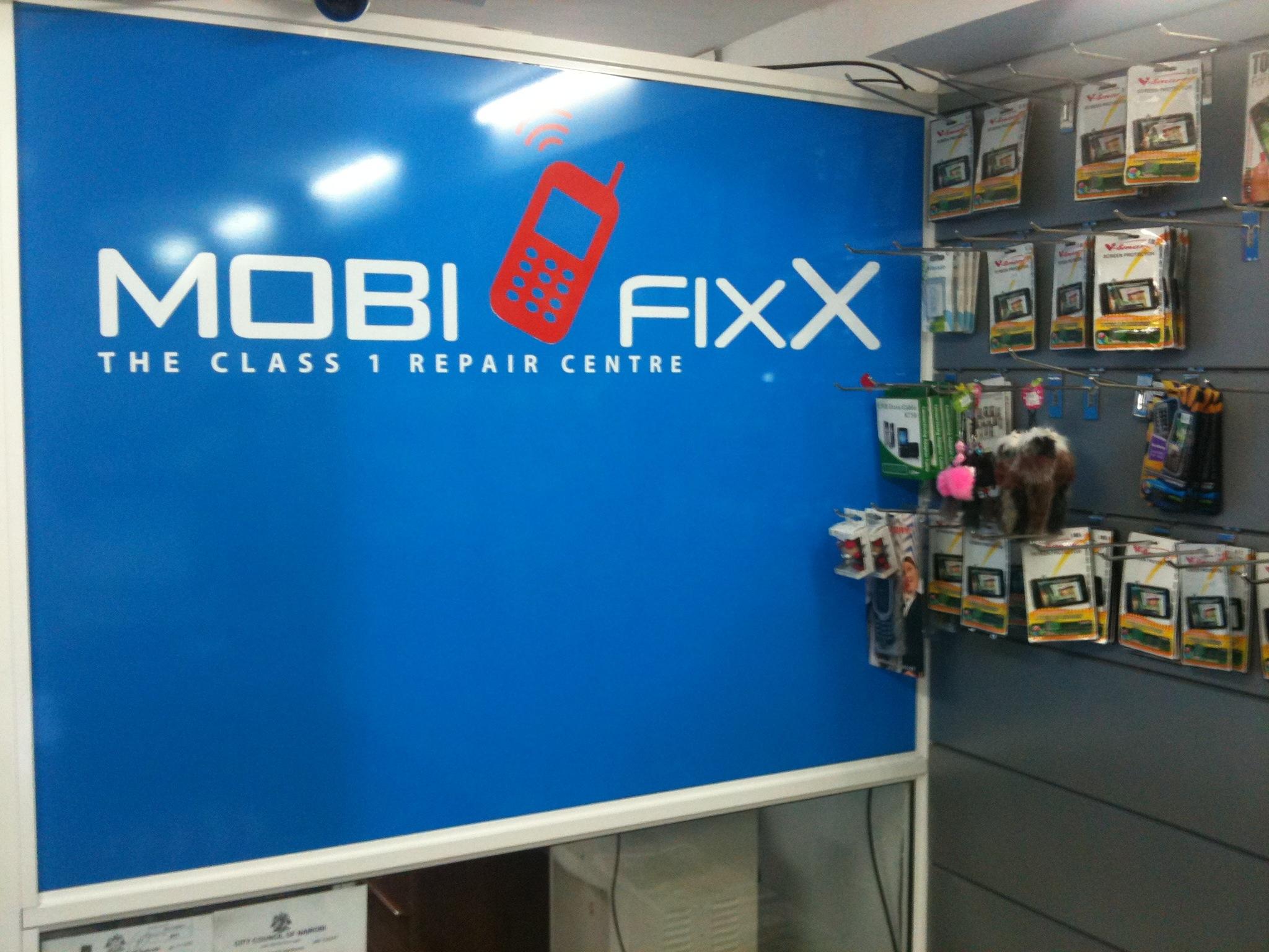 Mobifixx - a great mobile phone repair shop in Nairobi    Moses Kemibaro